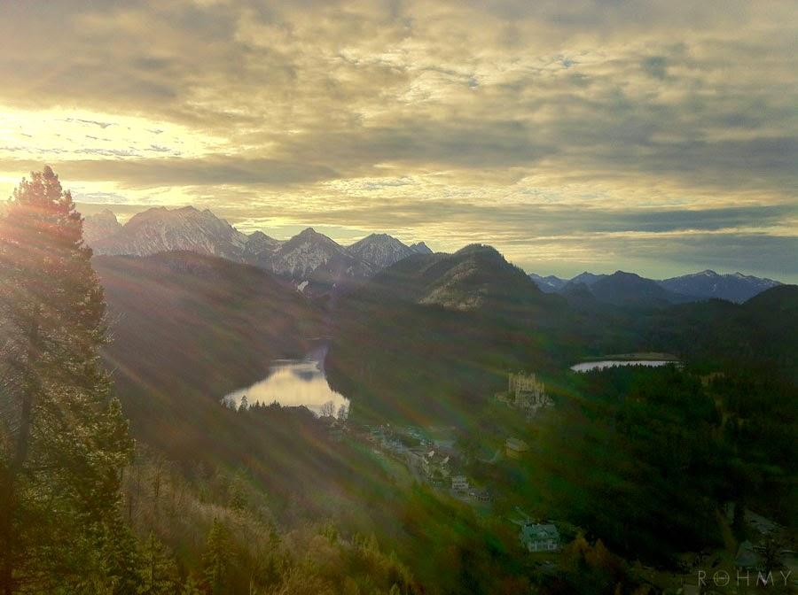 Bavarian Alps #wanderlust / photo by www.allaboutrohmy.com