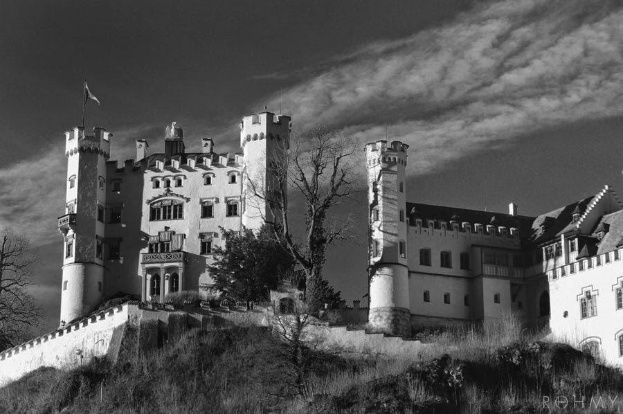 Schloss Hohenschwangau / photo by www.allaboutrohmy.com / Fairytale Castle in Bavaria