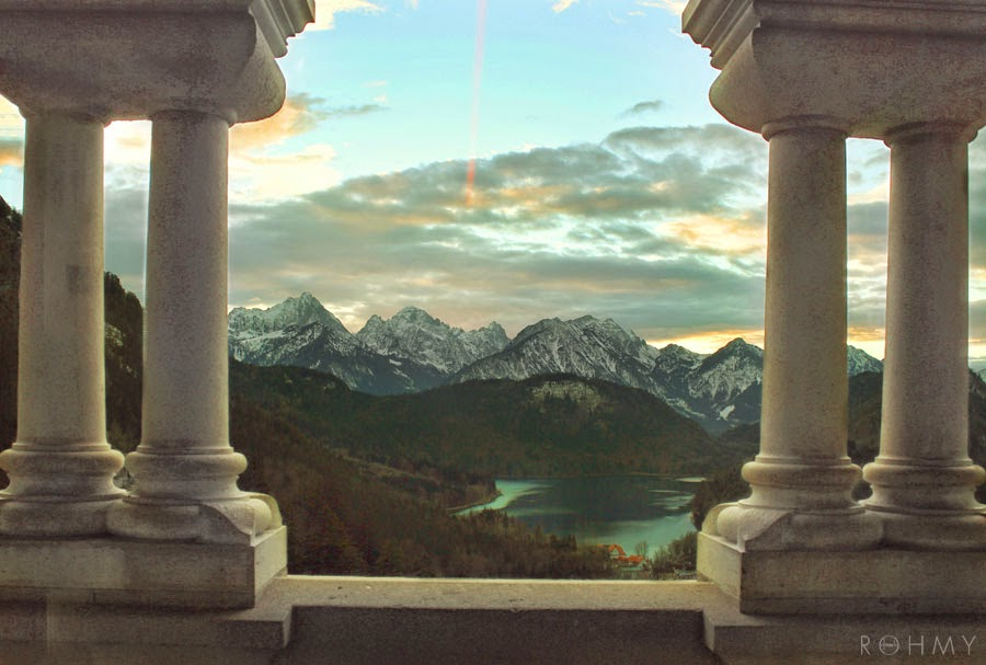 "Amazing view from ""Schloss Neuschwanstein"" / photo by www.allaboutrohmy.com / Fairytale Castle in Bavaria"