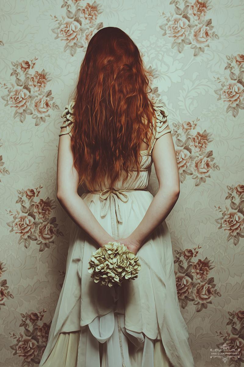 Dress: ROHMY /// Photo: Ana Lora Photoart /// Model: Moony Mara